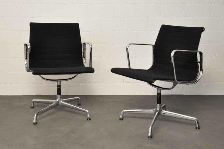 """Stuhl """"Alu Group EA107"""" von Ray und Charles Eames, Hopsak (schwarz)"""