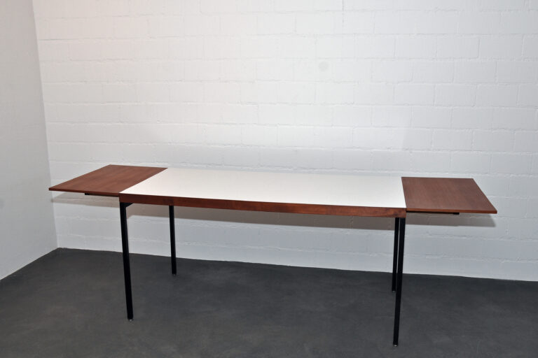 dw-Tisch, Dieter Wäckerlin