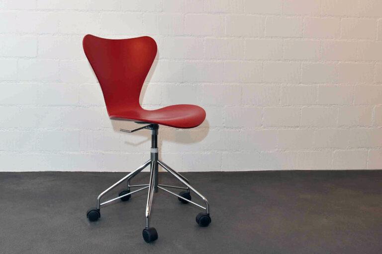 Bürodrehstuhl 3117 Series 7, Arne Jacobsen