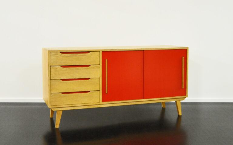 Sideboard aus Fichtenholz, Victoria-Möbel rot
