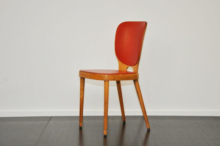 Stuhl von Max Bill rot